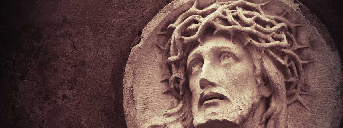 Statue of Christ Wearing a Crown of Thorns